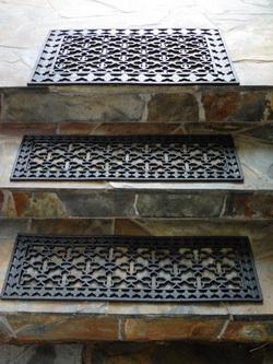 Gummi-Fußmattenset 3-teilig. 2 x Fußmatte 25x75x0,8 cm + 1 x 50x75x1 cm (2245)